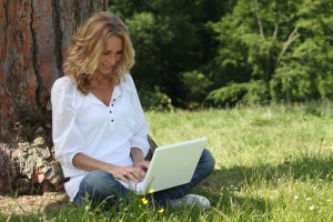 Woman over 50 using online dating sites